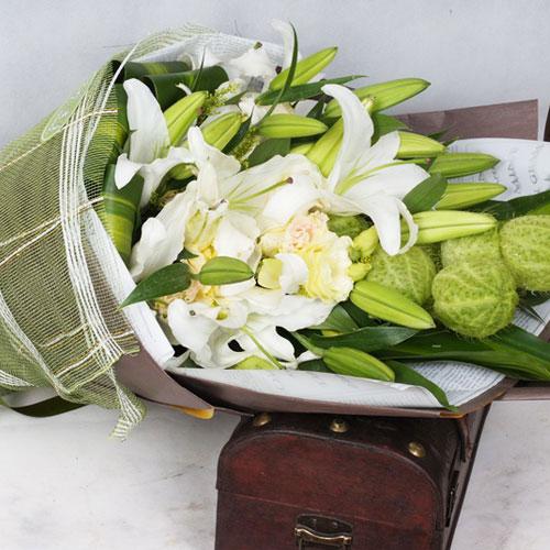 香水百合的花语是什么?
