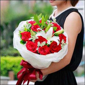 教师节送花给老师什么颜色的花好?几朵合适?