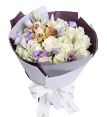 白玫瑰的含义是什么,白玫瑰的花语是什么?