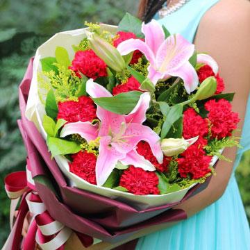 康乃馨代表什么,红色康乃馨花语是什么?
