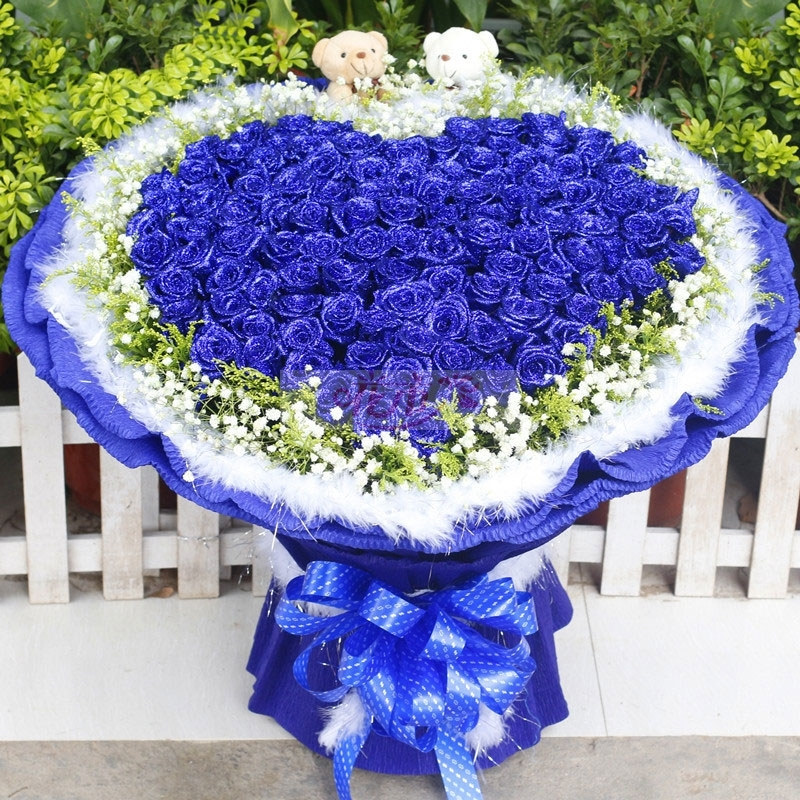 蓝色玫瑰花语是什么,送蓝色玫瑰代表什么意思