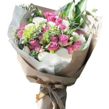 送女孩子紫玫瑰花好吗?