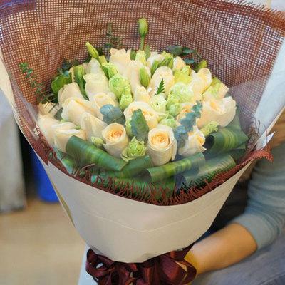 广岛牧歌 (香槟玫瑰 爱情 友情 生日 情人 七夕 圣诞 女朋友 父母 教师)