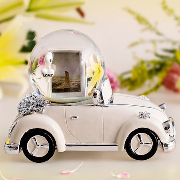 幸福婚车 米白色